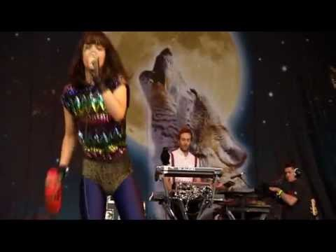 """Bat for Lashes"" at the Glastonbury Music Festival 2009"