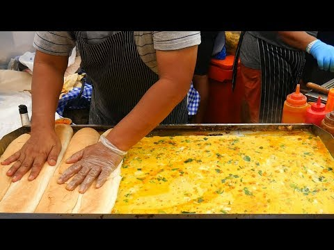 INCREDIBLE FOOT LONG OMELETTE SANDWICH (ROTI JOHN) 🌭🌭 • RAMLY CHICKEN & BEEF BURGERS 🍔🍔 (印度漢堡)