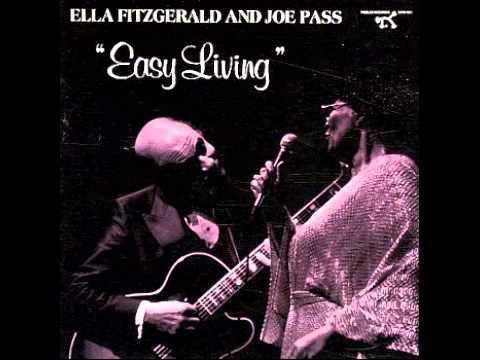 Ella Fitzgerald & Joe Pass - Moonlight In Vermont