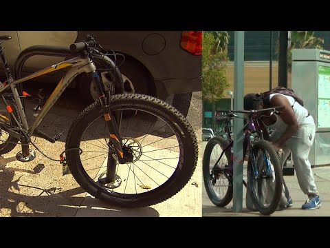 Watch How Crafty Thieves Are at Stealing Bicycles