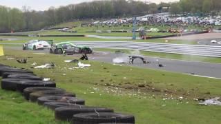 حادث كبير في بطولة جي تي البريطانية