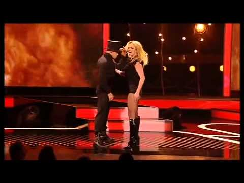 Britney Spears  - Womanizer  X Factor  (2008)