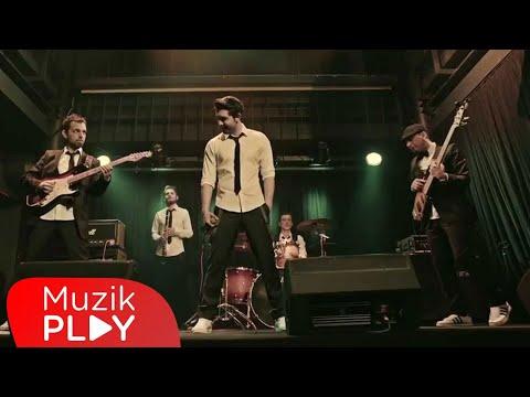 Manevra - Sen Ben Biz (Official Video)