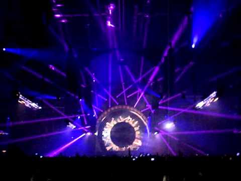 Omegatypez ft. The Vision - Calling @ Qlimax 2011