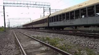 ВЛ80С-2713 с грузовым поездом