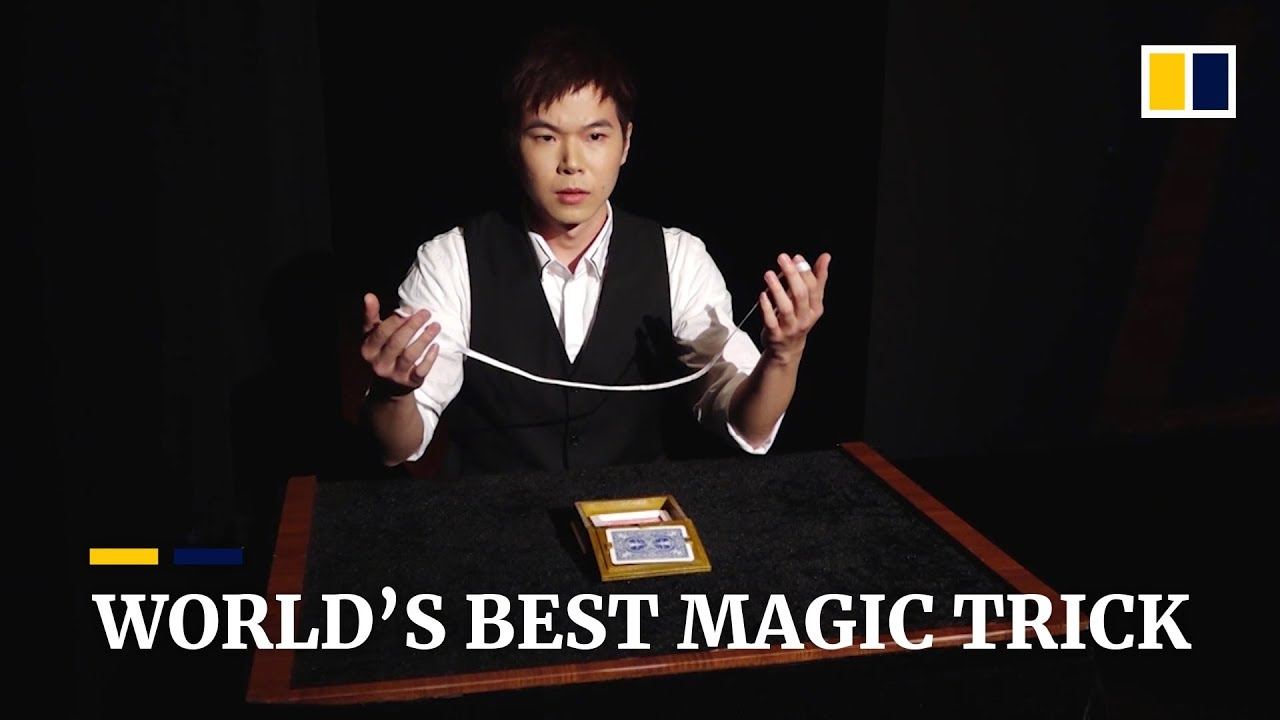 Chinese magician performs world's best magic trick