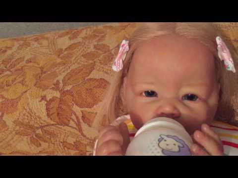 видео: Утро с девочками и Брайном.