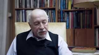 Портреты. Валерий Сологуб.