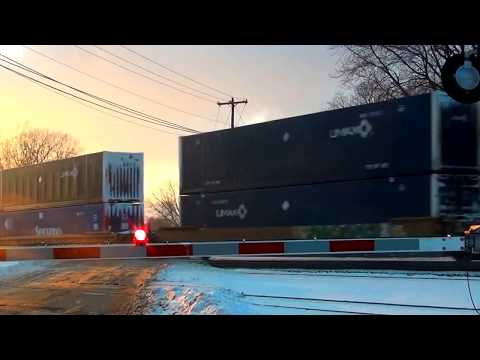 Fast CSX Stack Train Heads West