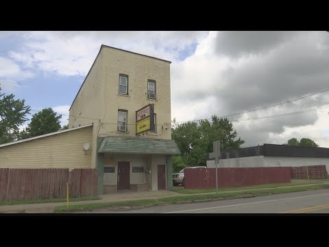 Crash & AJ - Amish Guy Steals Car, Crashes It, Goes To Bar