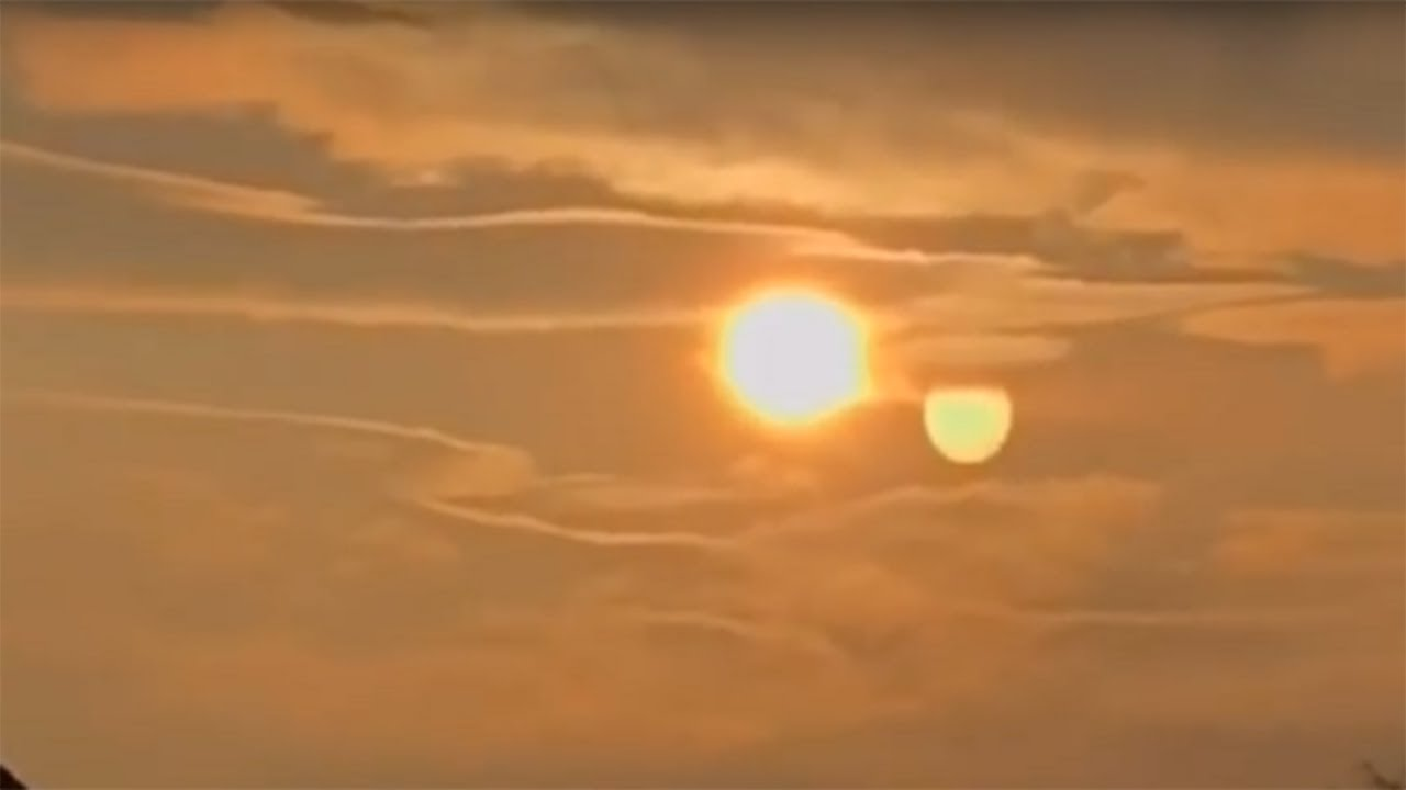 Nibiru Visible Two Suns In The Sky Must See Planet X