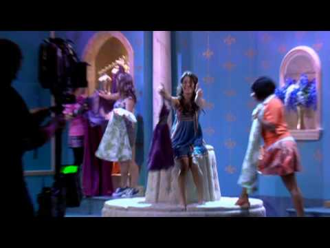HSM3 Behind The Scenes - Featurette (HQ)