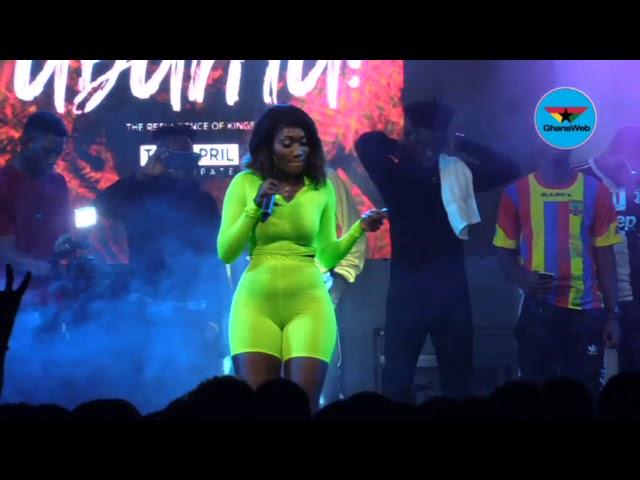 Wendy Shay thrills crowd at Commonwealth Artist Night