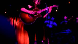 Chelsea Wolfe - Spinning Centers (Live at The Sinclair) 01-23-13