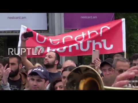 Armenia: Opposition protests continue in Yerevan