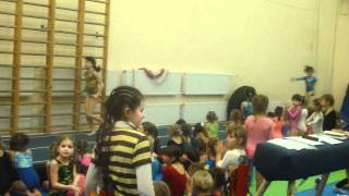 Новый Год в спорт-школе! акробатика.mp4