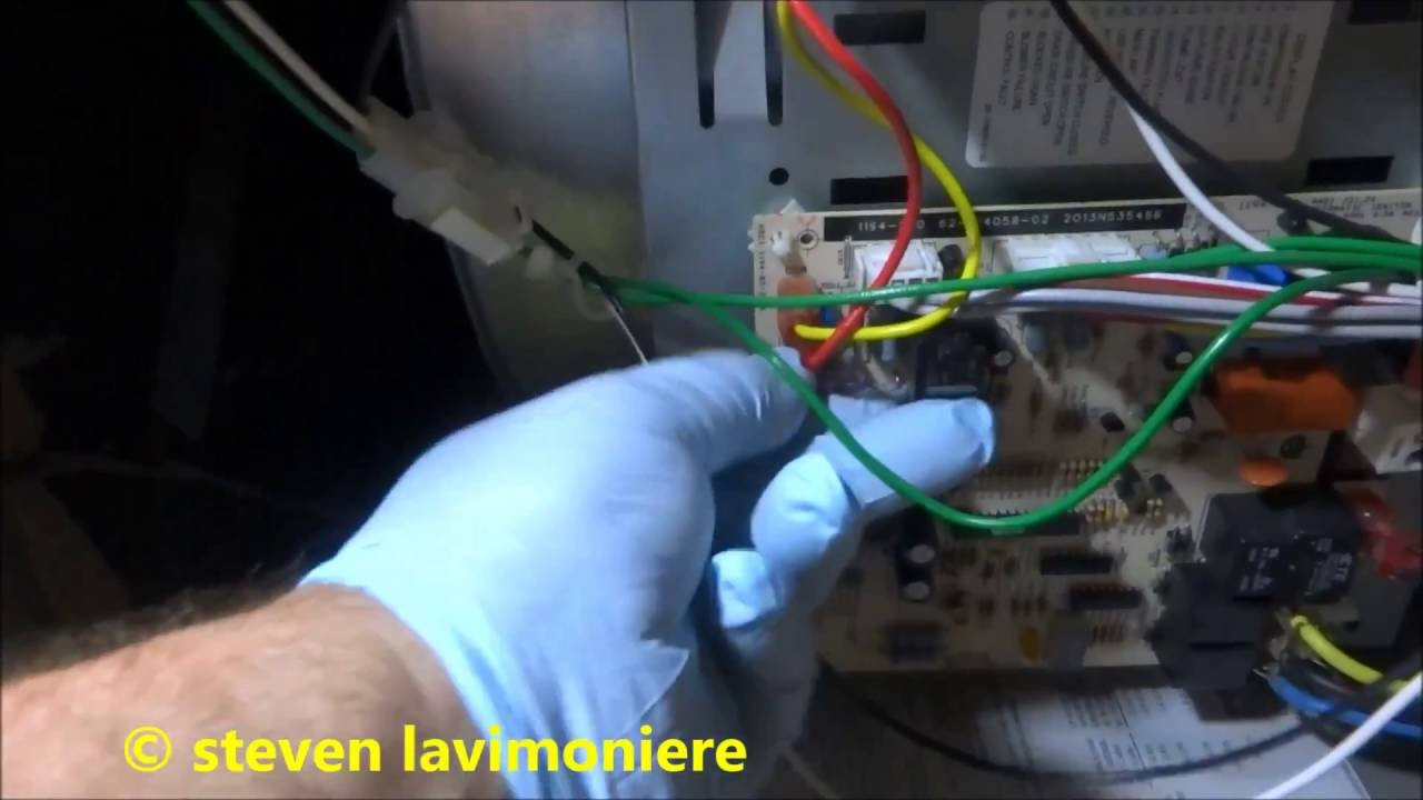 Furnace Blowing Low Voltage Fuse When Ac Runs Youtube Control Main Circuit Board Honeywell Rheem Ruud Heat