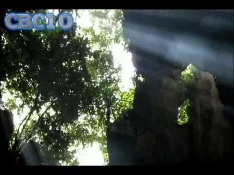 Ngau hung Ngu Hanh Son - Kham pha ve dep tiem an