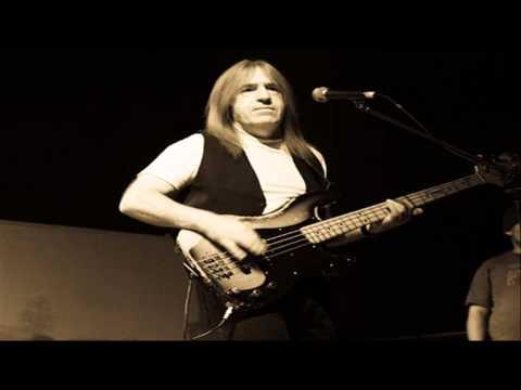 David Bowie's Former Bassist Trevor Bolder Dies at 62