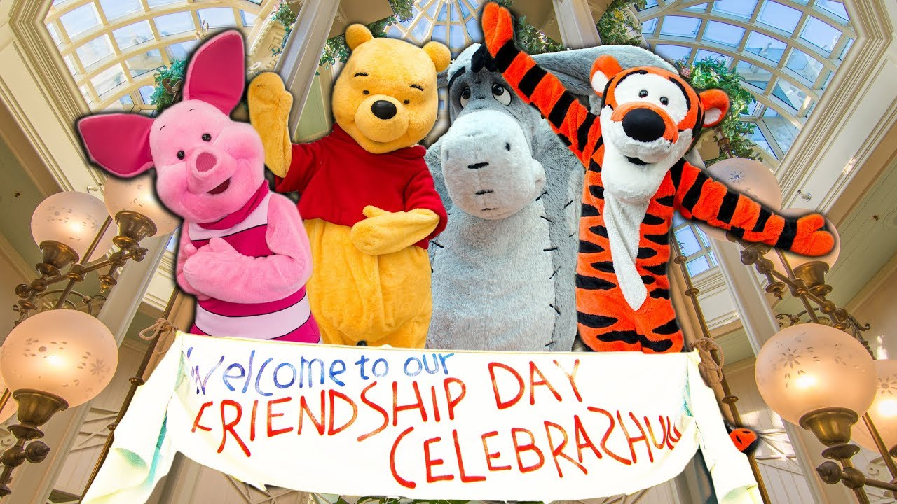 crystal palace with the pals from the hundred acre woods at walt