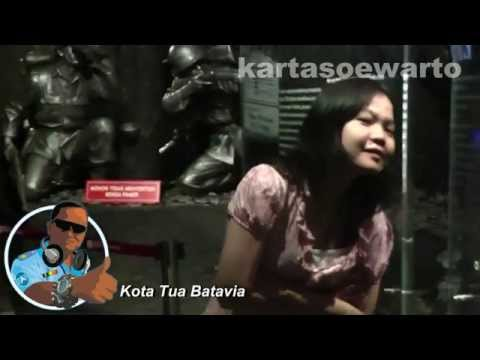 Indonesian Single Lady - Kotatua, Jakarta 2010 (Disco Remix)