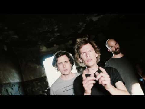Zrní - Igor Pelech (Official Video)