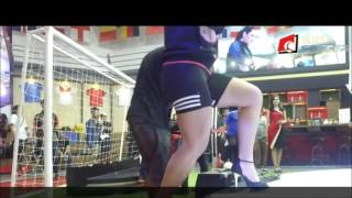 Freestyle Football Indonesia feat Raquel Benetti - Female Freestyler From Brazil
