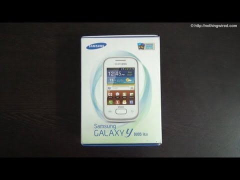 Samsung Galaxy Y Duos Lite Review Part 1 full HD: Unboxing
