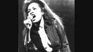 Ronnie Spector - She Talks To Rainbows (studio version)