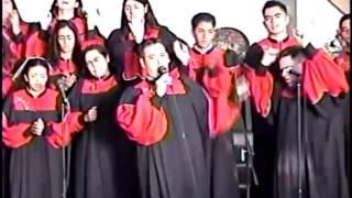 Coro de Montebello CA en Jóvenes con Poder 2000 Tijuana día 2