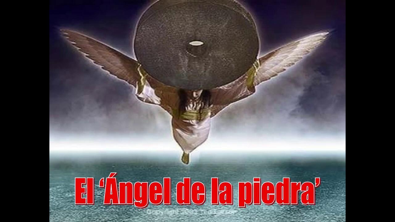 El Ángel de la piedra y el primer antecedente