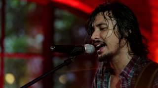 Ello - Pergi Untuk Kembali (Live at Music Everywhere) **