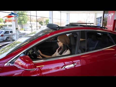 BeFast.TV at Tesla Store in Palo Alto [sneak before test drive]