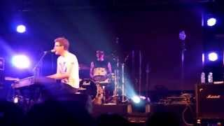 Lightning+Teenage Dream+Beauty And A Beat+Breakeven Mashup - Alex Goot Live In Taipei Aug 19th 2014