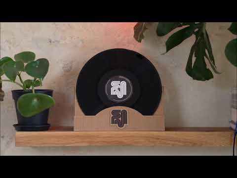 Credit 00 - Super Scratch (Egyptian Lover Remix)