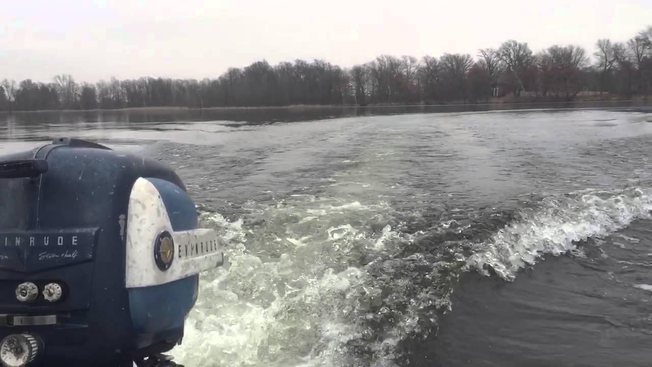 1958 evinrude fleetwin outboard motor doovi for Johnson marine italia