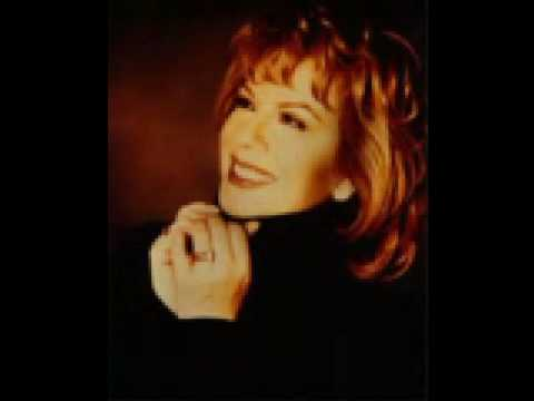 Vikki Carr.....¨Can't take my eyes off you¨