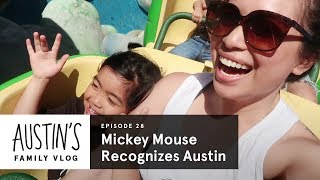 Baixar Mickey Mouse Recognizes Austin! | Austin Vlog | HiHo Kids