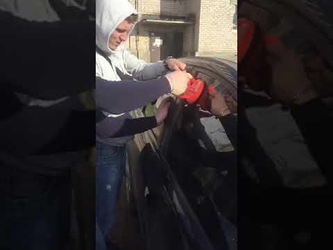 Как вскрыть форд фокус без ключа