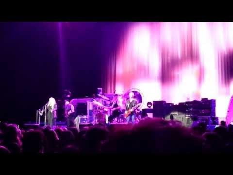 Fleetwood Mac - Gypsy (Live in The Hydro 2013)
