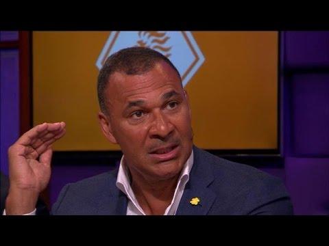 """Gullit: """"We moeten af van dat verdomde kunstgras"""" - RTL LATE NIGHT"""