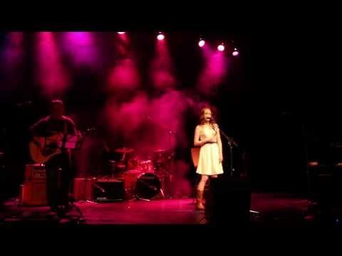 Danielle MacPhee - Never Alone (The Rankin Family)