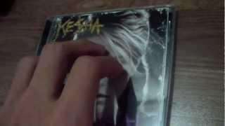 Kesha Animal album unboxing