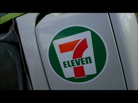 [Japanese Life] Seven Eleven Delivery Car In Japan