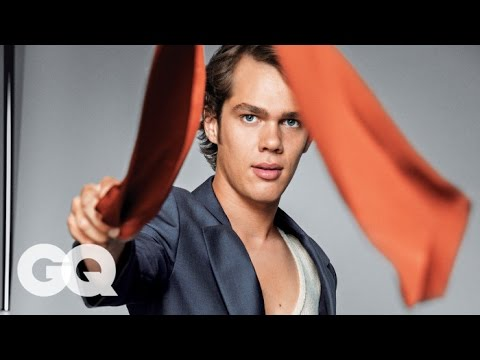 Ellar Coltrane Shows off His Best Dance Moves - GQ 2014 Men of the Year