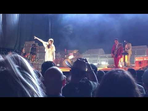Florence + The Machine - June, 08/09/18 Lake Tahoe Outdoor Arena At Harvey's
