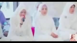 Wanita cantik membaca al quran dengan suara merdu bikin merinding
