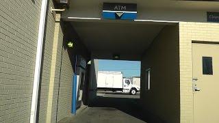 АМЕРИКА: Банк, не выходя из автомобиля