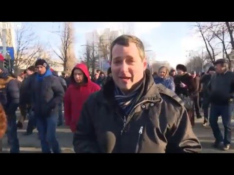 BBC News: Moldova political crisis Protesters demand snap polls
