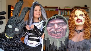 HALLOWEEN Scary costumes & creepy decorations